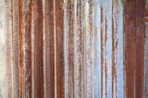 іржава оцинкована сталь