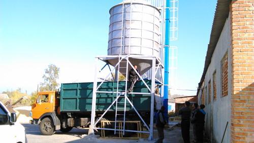 Выгрузка зерна из зерносушилки