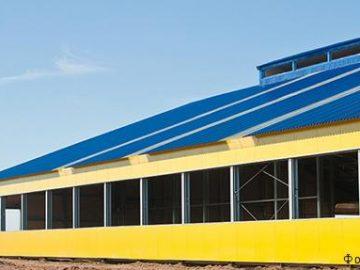 Каркас, крыша и стены зданий коровников и молочно-товарных комплексов